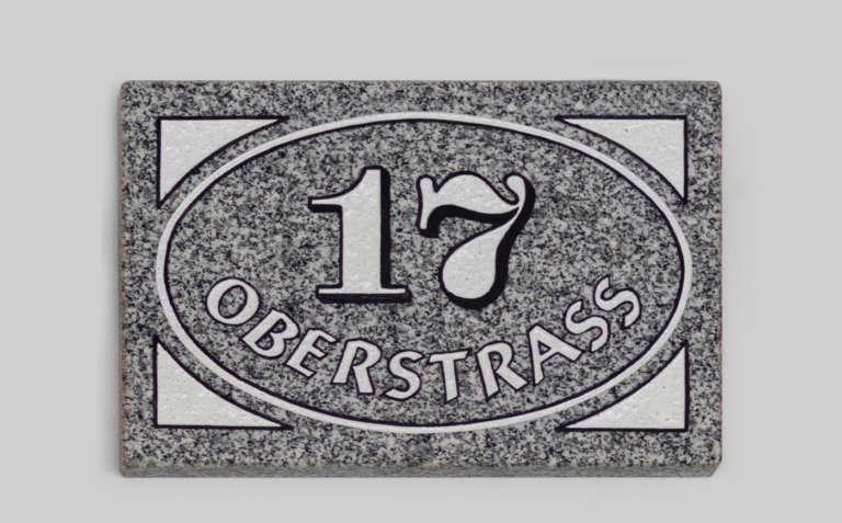 Hausnummer H2